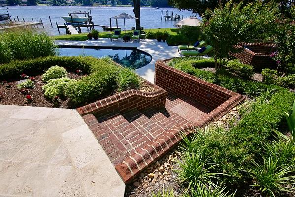 GALLERY brick landing